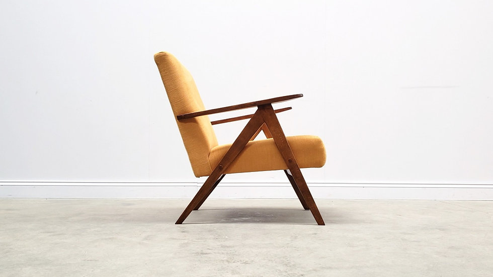 Mid Century Easy Chair Model B - 310 Var in Yellow