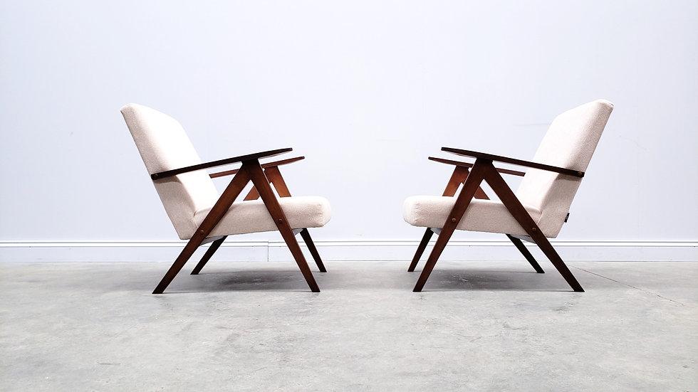 Mid Century Easy Chair Model B - 310 Var in Pink Salmon