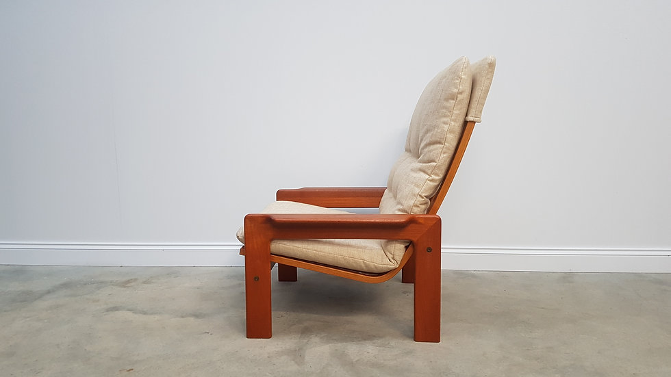 Swedish High Back Lounger by Yngve Ekström from 1970