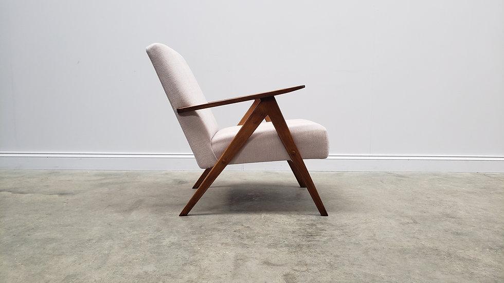 1960 Model B 310 Var Mid Century Easy Chair in Ivory Upholstery