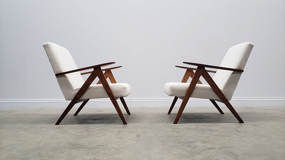 Mid Century Easy Chairs Model B - 310 Var in Neutral Upholstery