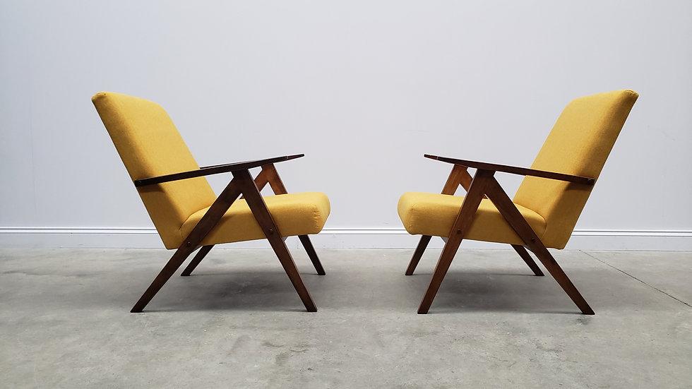 Mid Century Easy Chairs Model B - 310 Var in Yellow Tweed, 1 of 2