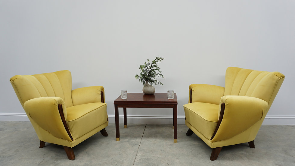 Mid Century Danish Loungers in Golden Velvet from 1960's, Set of 2