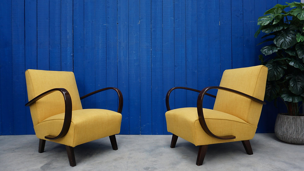 Jindrich Halabala Bentwood Armchairs in Yellow, Thonet 1930, Set of 2
