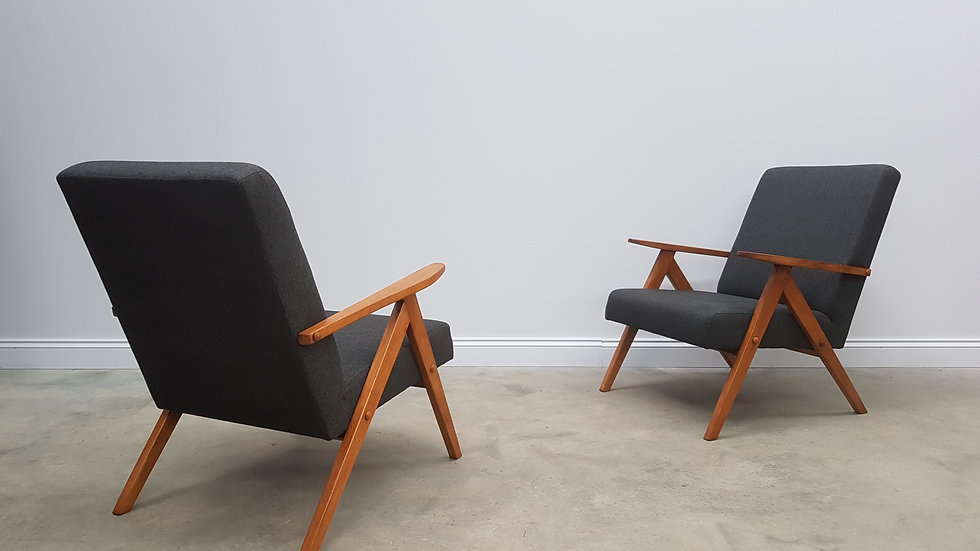 Pair of Mid Century Easy Chairs Model B 310 Var in Dark Grey Tweed, 1960