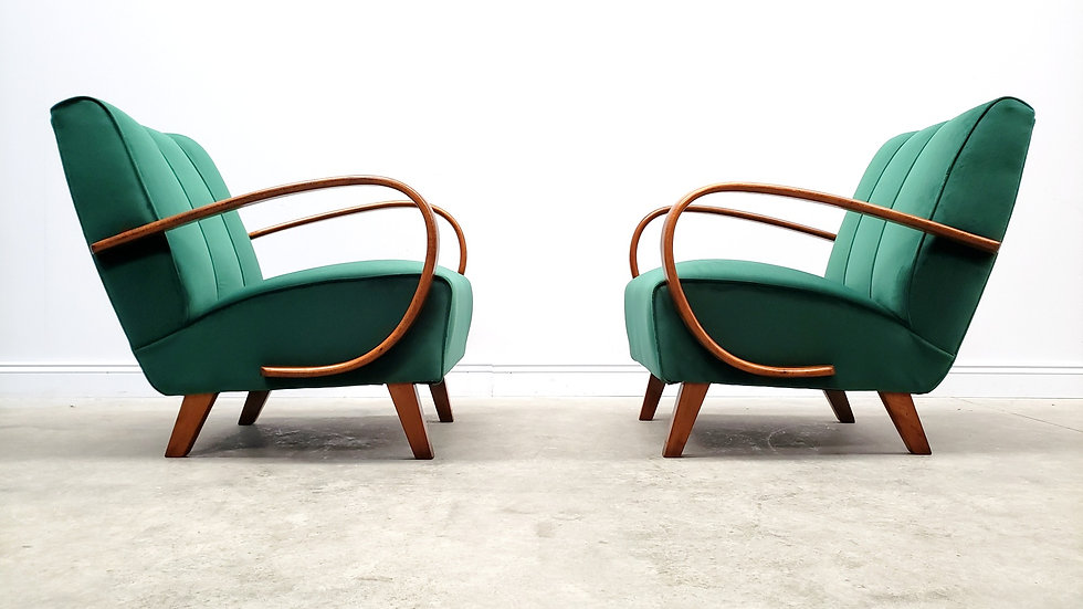 1930 Jindrich Halabala Bentwood Armchairs in Luxury Green Velvet, 1 of 2