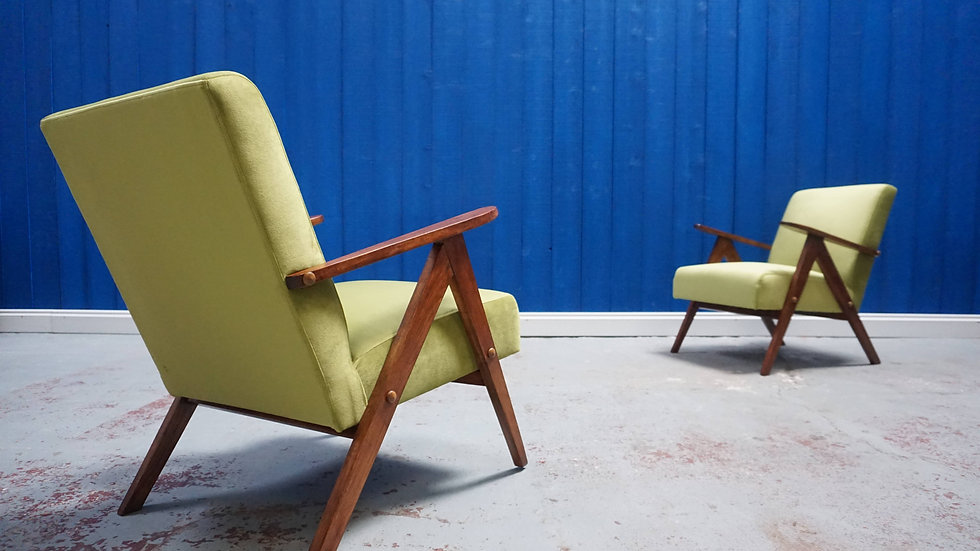 Mid Century Modern Easy Chairs from 1960's in Green Velvet, Set of 2