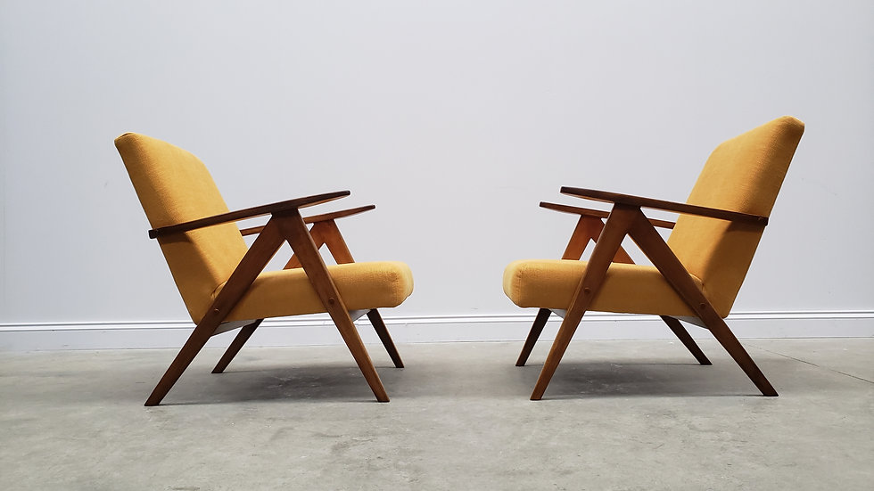Mid Century Easy Chairs Model B - 310 Var in Yellow, 1 of 2