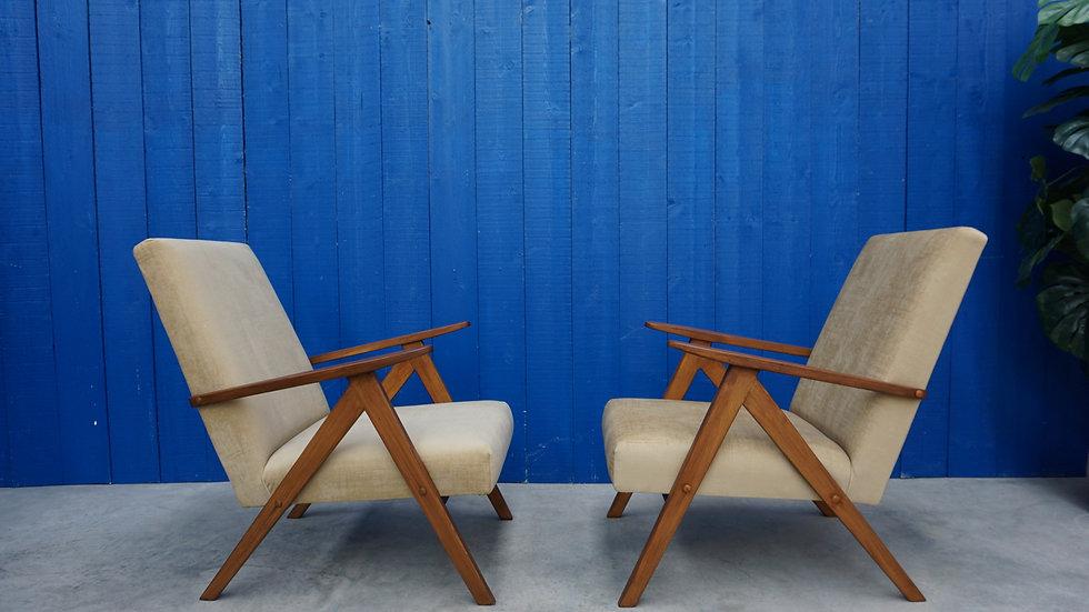 Model B 310 Var Mid Century Easy Chairs, Light Cappuccino Velvet, 1960 Set of 2