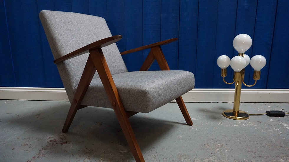 Model B 310 Var Mid Century Modern Easy Chairs In Grey Tweed, 1960 LOFTME