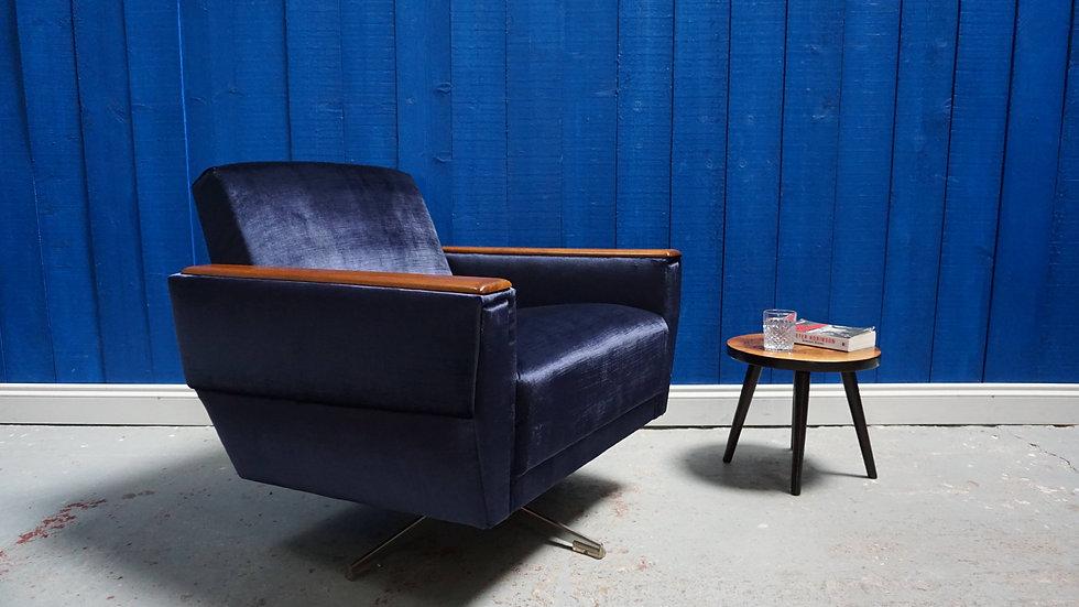 Mid Century Modern Dannish Swivel Armchair from 1960's