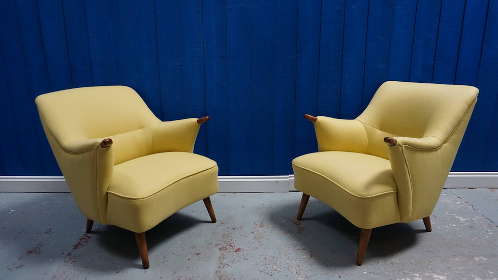 Mid Century Danish Loungers in Mild Yelow from 1950's, 1 of 2