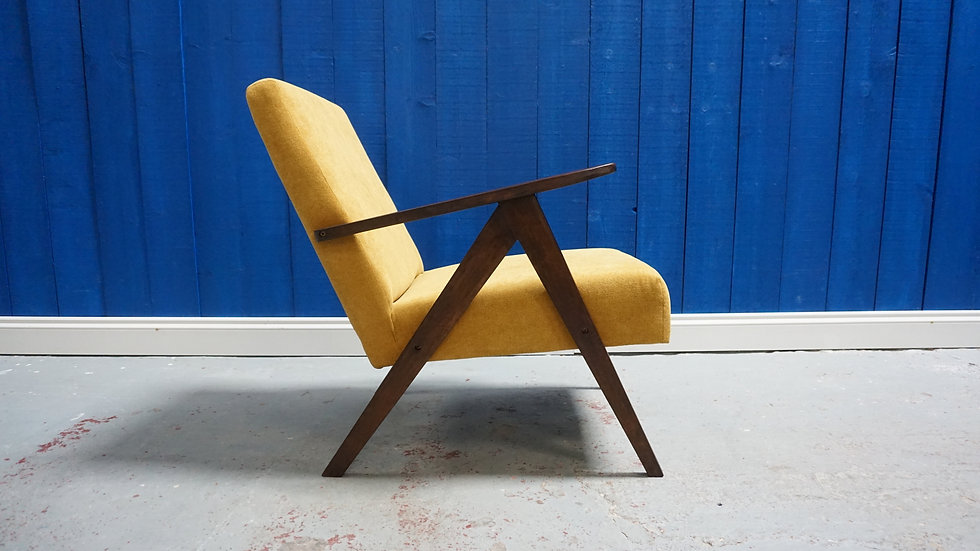 Mid Century Modern Lounger in Yellow, from 1960's