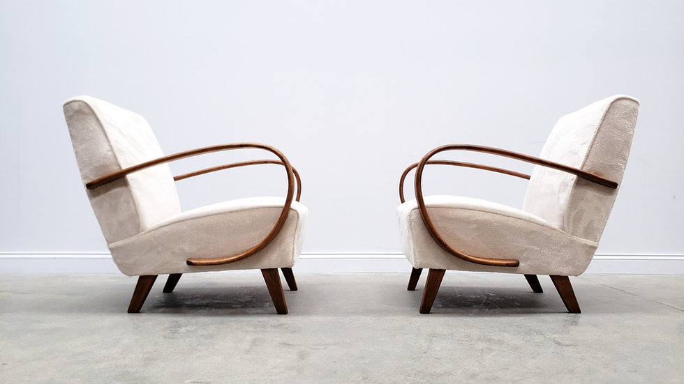 Jindrich Halabala Bentwood Armchairs in Luxury Long Hair Ivory Upholstery