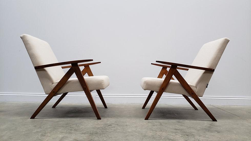 Mid Century Easy Chairs Model B - 310 Var in Neutral Tweed
