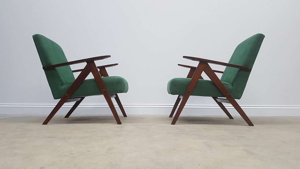 Mid Century Easy Chairs Model B - 310 Var in Forest Green, 1 of 2
