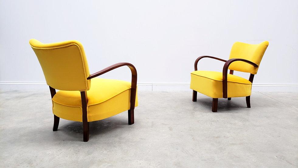 1930 Jindrich Halabala 237 Bentwood Armchair in Yellow Velvet