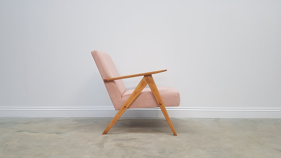Mid Century Easy Chair Model B - 310 Var in Light Pink Tweed, 1960