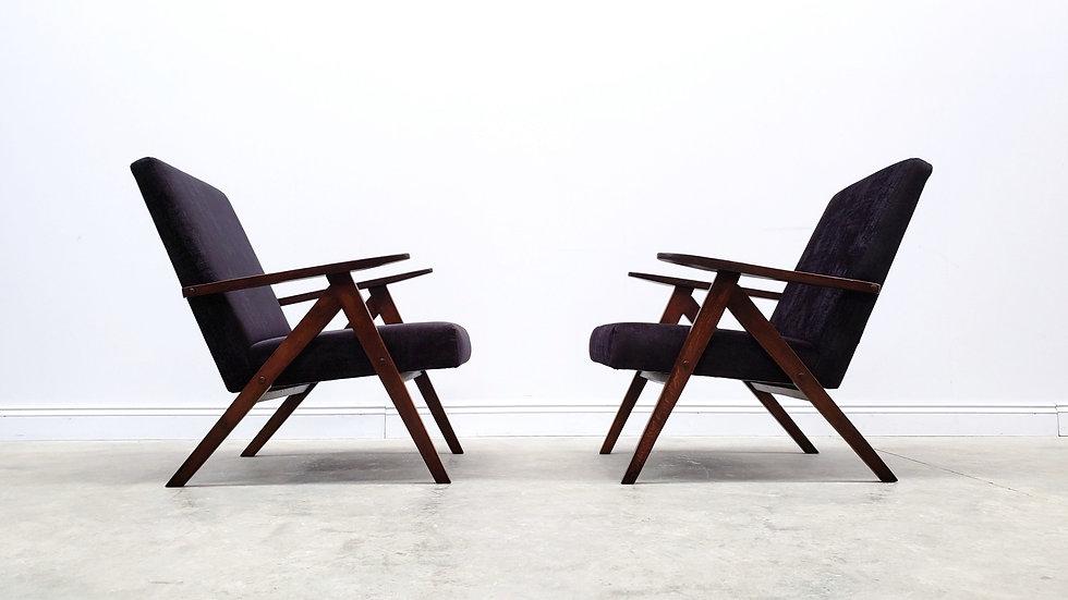 Model B 310 Var Mid Century Easy Chair in Black Velvet, 1960 oak