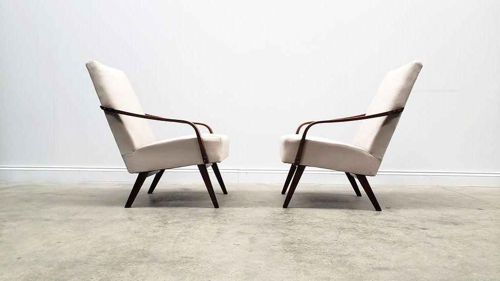 1960 Easy Chairs from Universal Prostejov