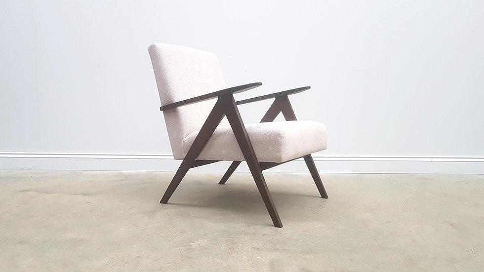 1960 Mid Century Easy Chair Model B-310 Var in Pearl White