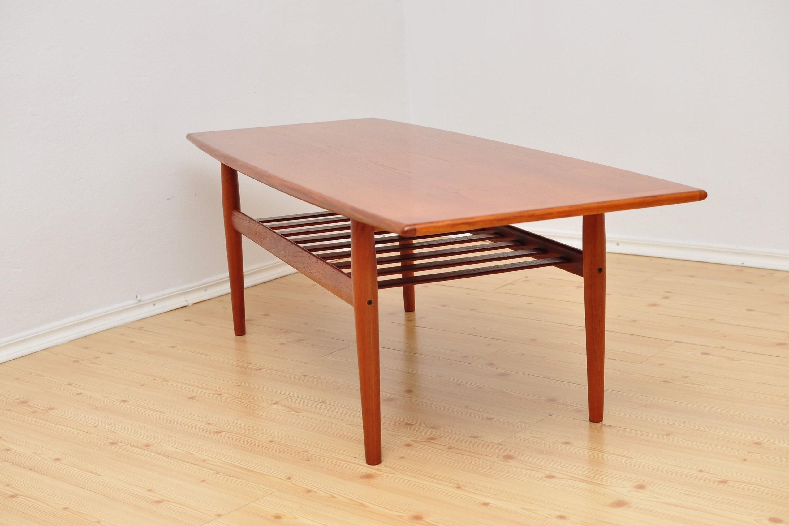 LoftMe I Mid Century Furniture I Vintage Design Interior I London
