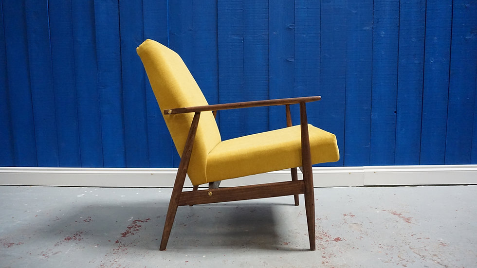 H. Lis Mid Century Armchair in Yellow from 1970's hotel furniture design classic modern