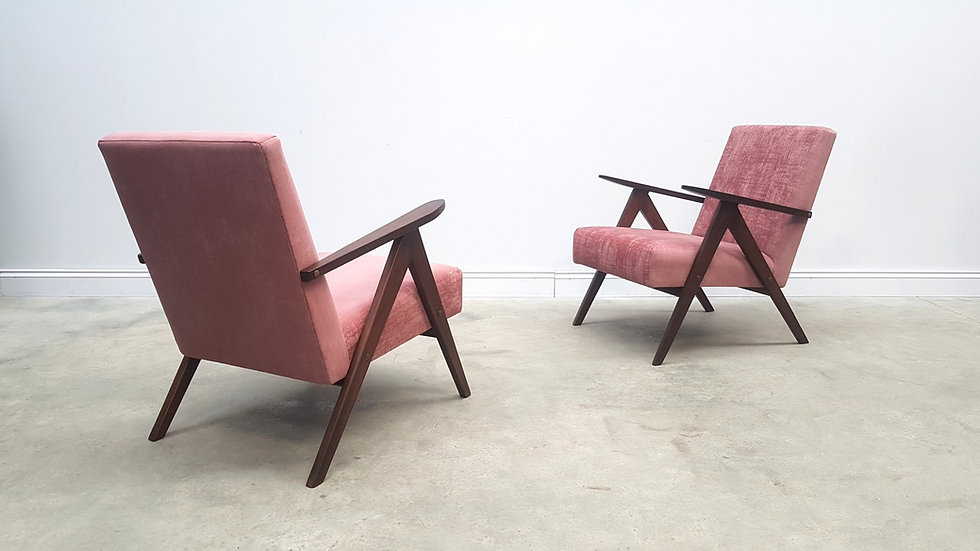1960 Model B 310 Var Mid Century Easy Chairs in Rusty Pink Velvet, 1 of 2