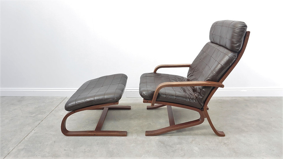 Ingmar Relling High Back Leather Chair with Ottoman, Westnofa, 1960s Brown footrest vintage