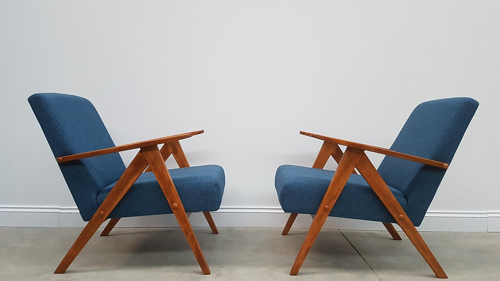 Model B 310 Var Mid Century Easy Chairs in Blue Tweed, 1960, Set of 2