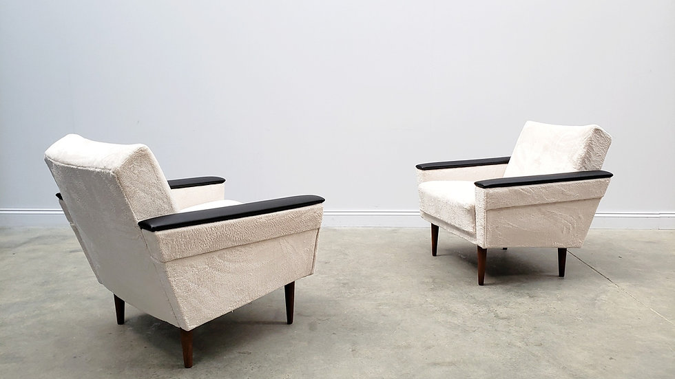 ONE Left Only - 1960 Danish Loungers Club Chairs in Ivory Long Hair Upholstery