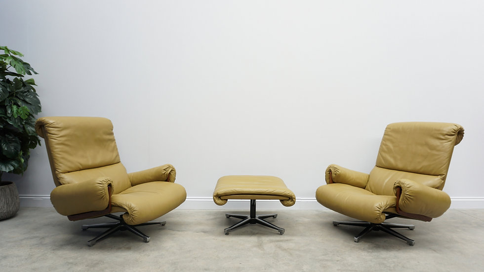Leather Swivel Lounge Chairs by André Vandenbeuck for Strässle, 1960s, Set of 2