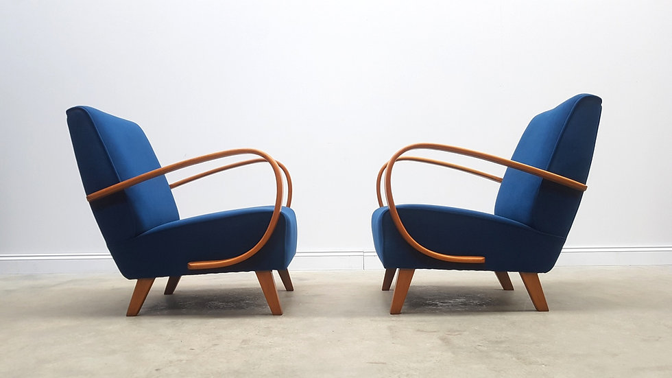 1930 Jindrich Halabala Bentwood Armchairs in Navy Blue Velvet, 1 of 2