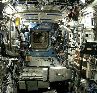 interior-view-of-the-destiny-laboratory-