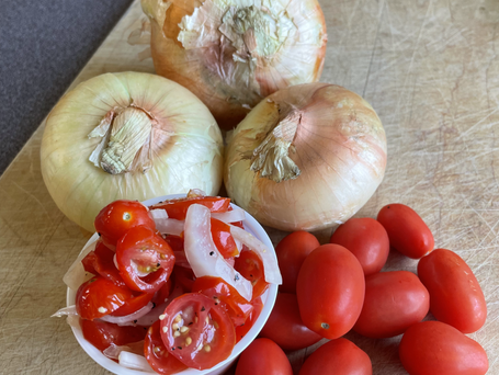 Tomato-Onion Salad