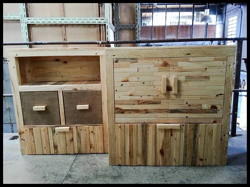 Muebles reciclados barcelona amazing exposicin sillas - Fabrica muebles barcelona ...