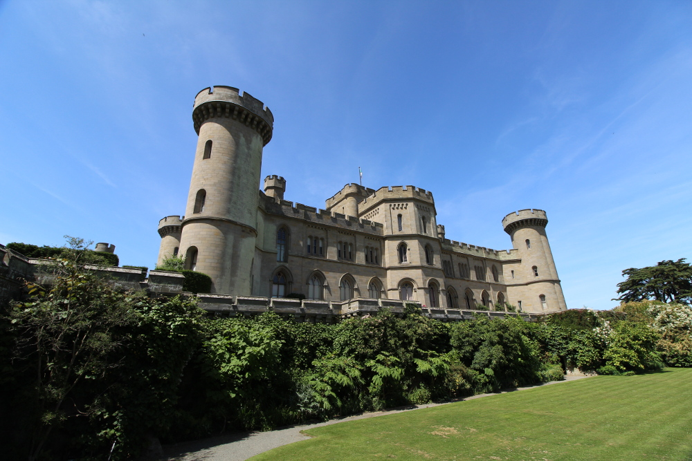 eastnor castle ledbury herefordshire