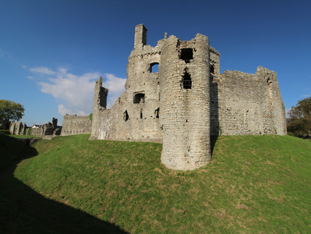 Coity Castle (Glamorgan, South Wales)