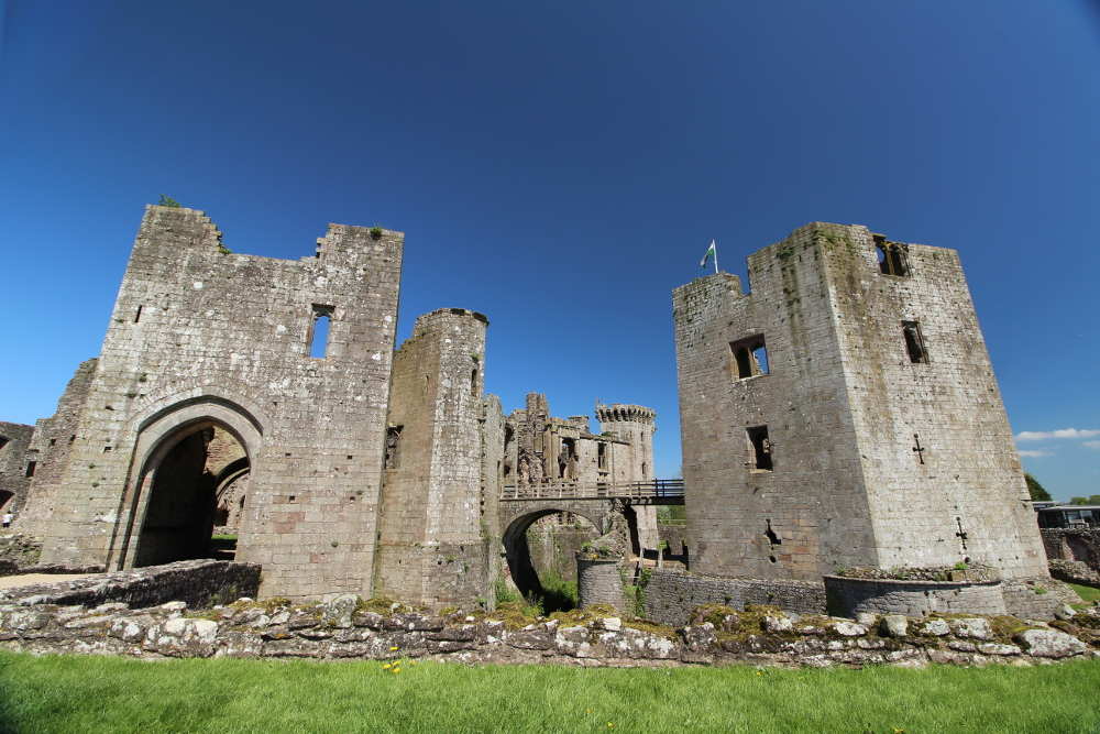 Raglan Castle (Monmouthshire, Wales)