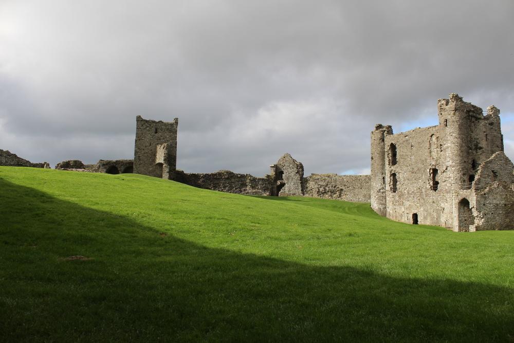 Llansteffan Castle (Carmarthenshire, Wales)