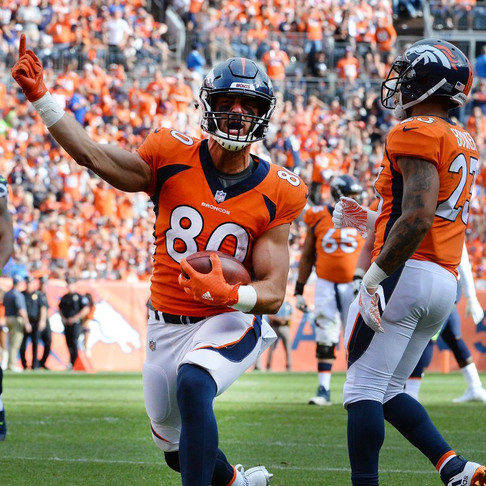 Jake Butt of the Denver Broncos Donates