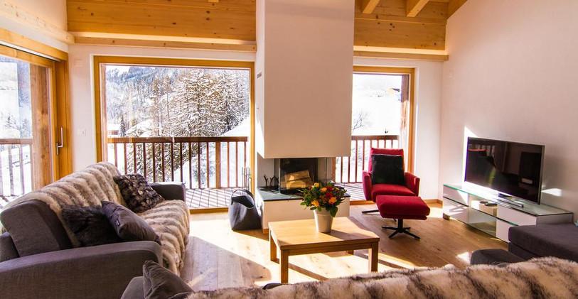 CEO retreat - living room 2