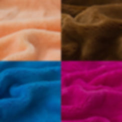 USOS: Muñecos, cortinas, cojines, edredones, chalecos, bufandas, orejeras, tapetes para escenario, tapetes de baño, gorros navideños, guantes.