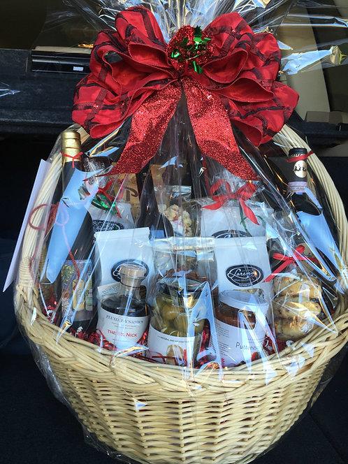 Gift Basket Deluxe