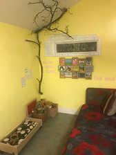 Quiet & story area - Yellow Room
