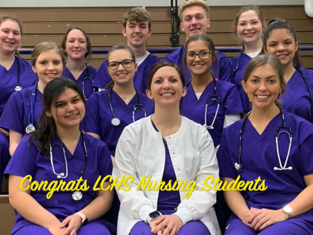 LCHS Graduating Nursing Students Pinned