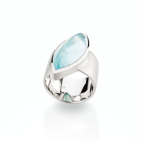 Ring in 935er Silber/ rhodiniert mit Aquamarin, RW 56