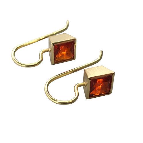 Ohrhänger mit Feueropal in 750er Gelbgold