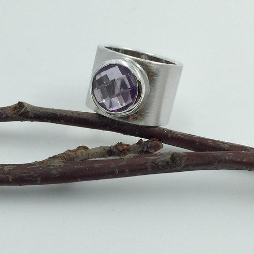 Ring mit Amethyst in 925er Silber/ rhodiniert, RW 56,5