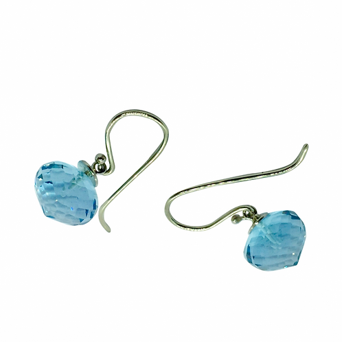1 Paar Ohrhänger in 560/- Weißgold / rhodiniert mit Blautopas